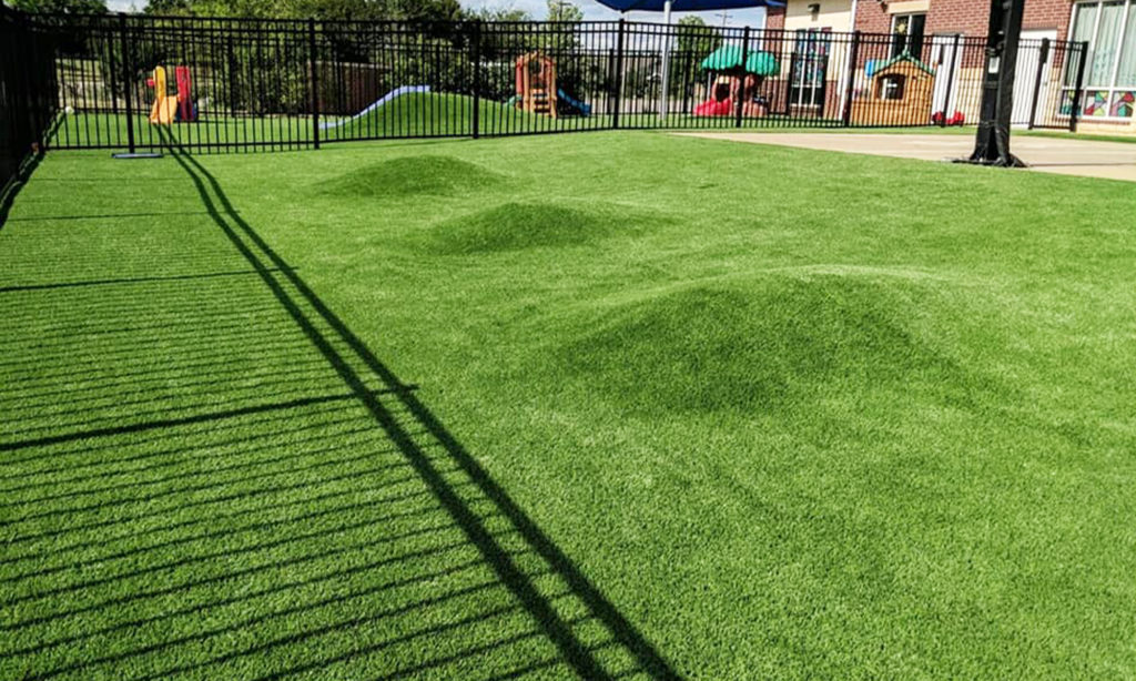 Palm-Beach-Turf-turf-fake-grass-installation-commercial_7