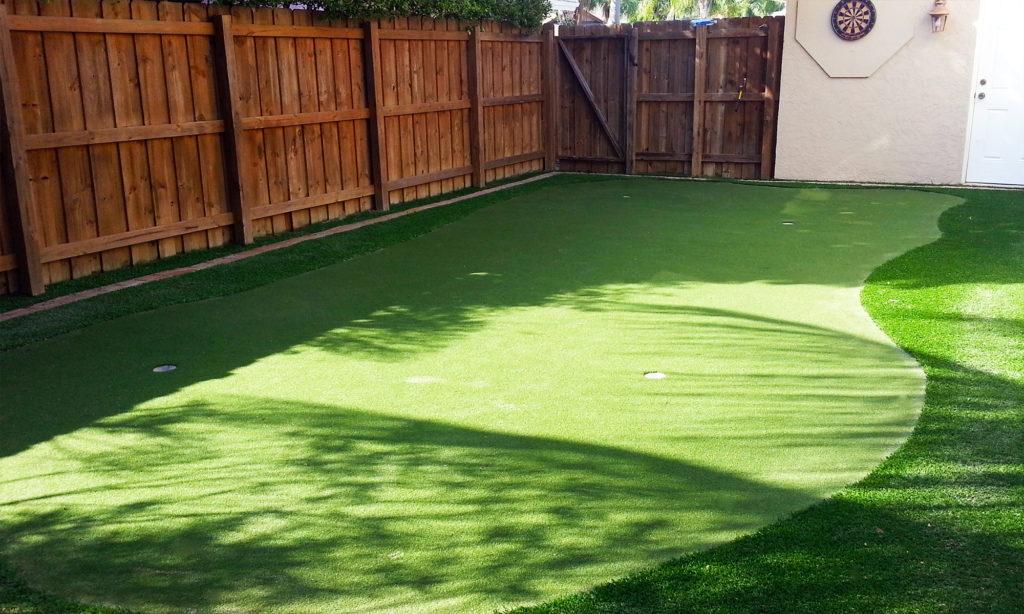 Palm-Beach-Turf-turf-fake-grass-installation-putting-green_1