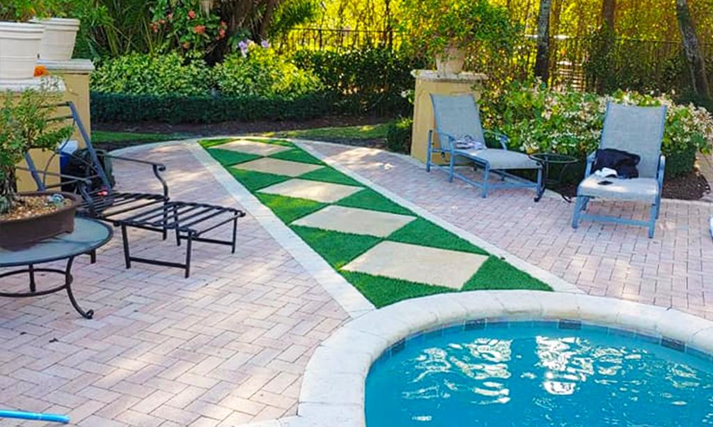 Palm-Beach-Turf-turf-fake-grass-installation-Patio-West-Palm-Beach_1