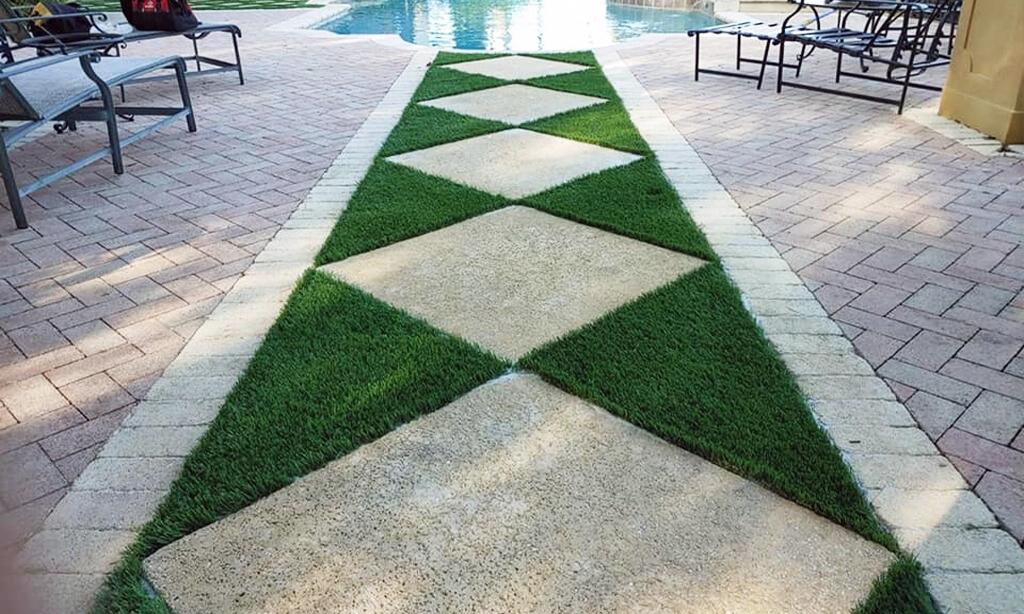 Palm-Beach-Turf-turf-fake-grass-installation-Patio-West-Palm-Beach_4